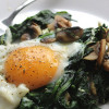 Eggs, spinach and mushrooms breakfast skillet, a low-carb, ketogenic-diet-friendly recipe